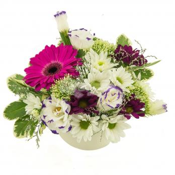 Цветы в керамическом кашпо